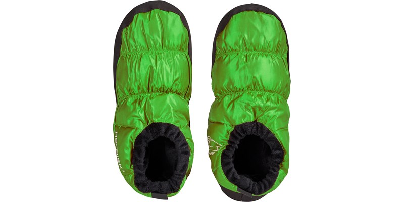 mos 109060 nordisk down shoes green standing
